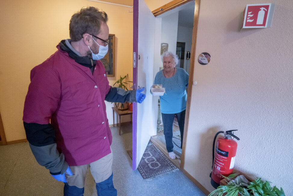 Sigrid (92) får mat på døra