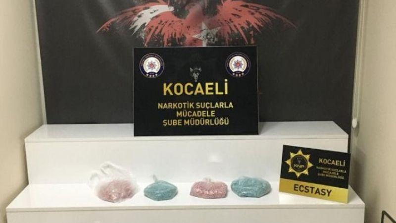 Kargo aracından 34 bin adet uyuşturucu hap çıktı