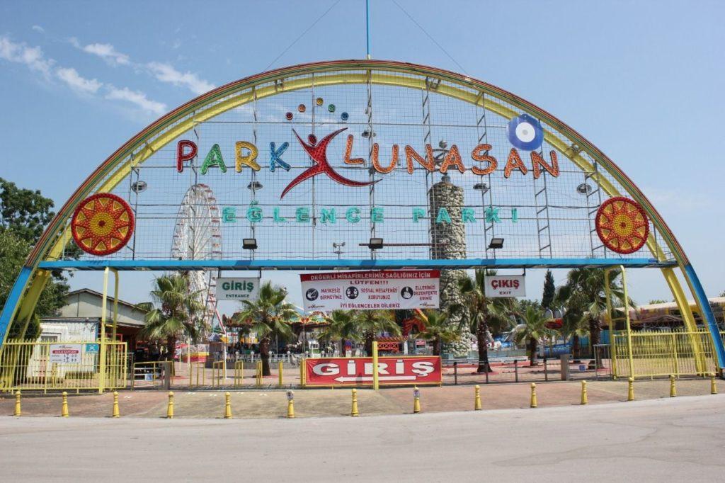 Park Lunasan, hijyen tedbirleri ile açıldı