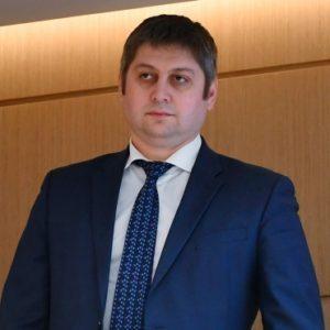 Замглавы Минэкономразвития перейдет в попавшую под санкции «Ренову»