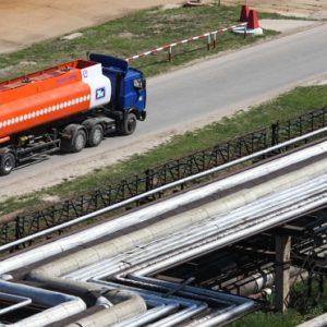 Бензин под контроль: как решить проблему резкого скачка цен на топливо