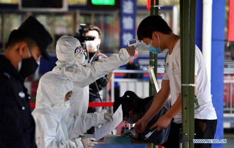 В Белый список препаратов в Узбекистане включены капсулы Ляньхуа Цинвэнь