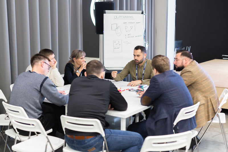 Выше только звезды: «Команда развития» готова к диалогу с российским лидером EY