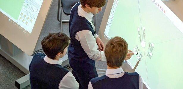 Столица РФ заняла место в тройке мировых лидеров с точки зрения качества школьного образования