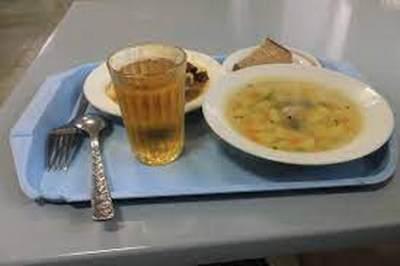 Школьные обеды в России могут стать дороже, но безопаснее