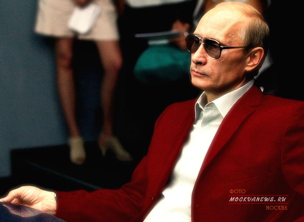 Путин, Ход конём или сказка про белого бычка в малиновом пиджаке
