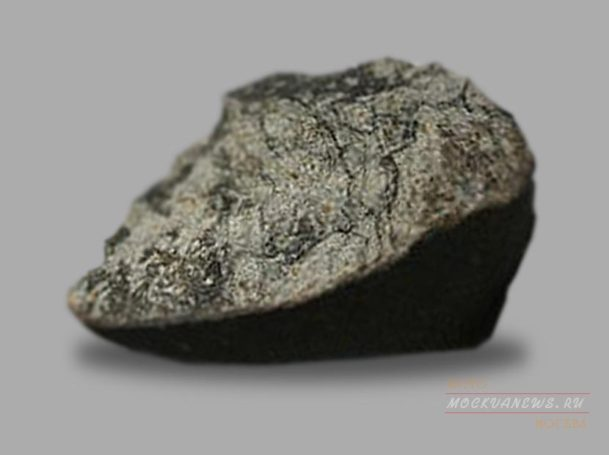 В Москву летит челябинский метеорит