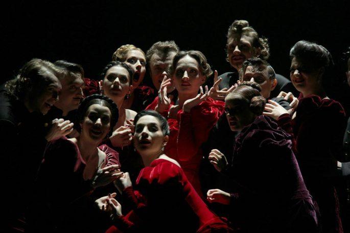 Почему Театр Вахтангова везет в Афины Анну Каренину