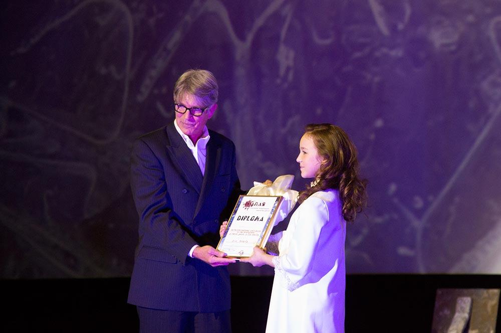 Эрик Робертс вручил награды по итогам кинофестиваля «Капля»