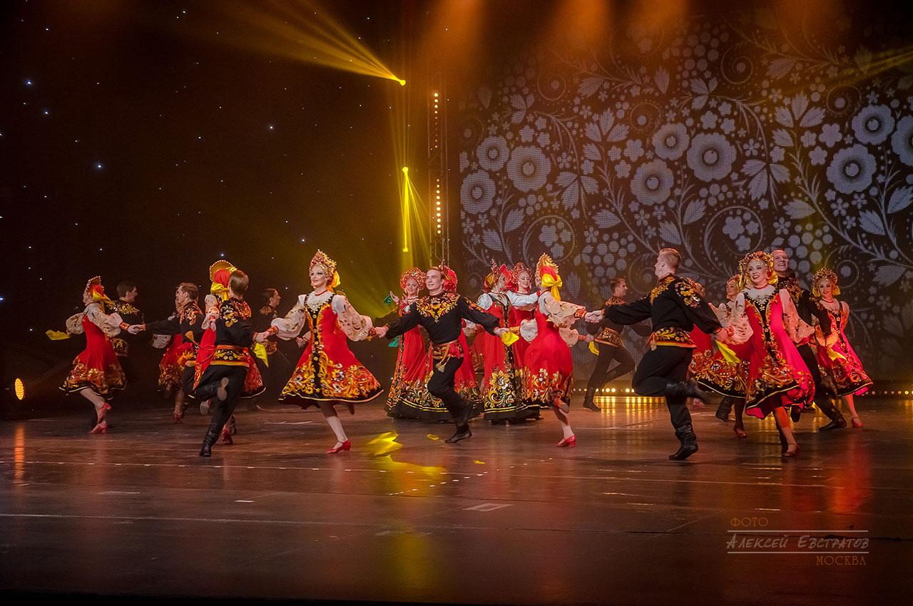 Юбилейный концерт театра танца Гжель на сцене Новой оперы