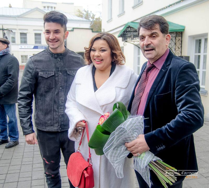 Виктория Пьер Мари, Владимир Вишневский устроил праздник
