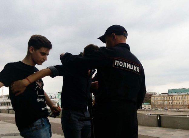 Пиар акция по задержанию Алексея Лемара и Димонструса