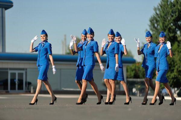92% россиян уверены, что старым, тучным и страшным стюардессам путь на самолеты нужно закрыть