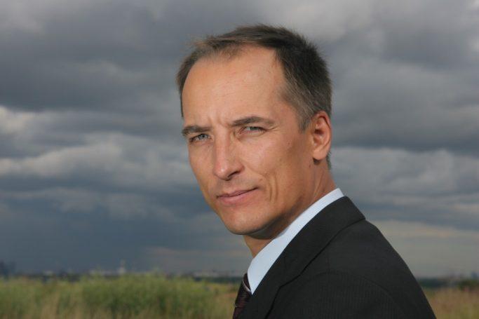 Константин Бабкин одобрил стратегию развития сельхозмашиностроения Минпромторга