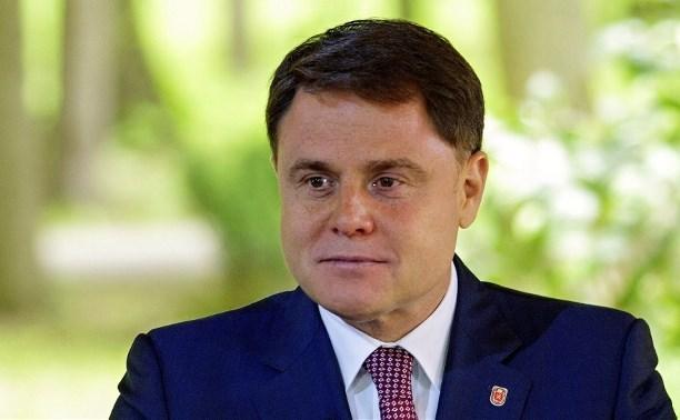 «Туляк-тулячек» не сбежит из России. Бывший губернатор Тульской области Груздев не сможет поселиться в Италии из-за разоблачения местной прессы