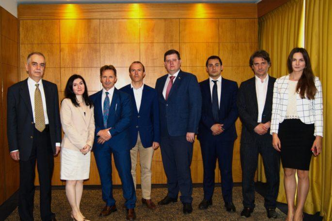 Первое заседание международного консервативного клуба состоялось в Милане