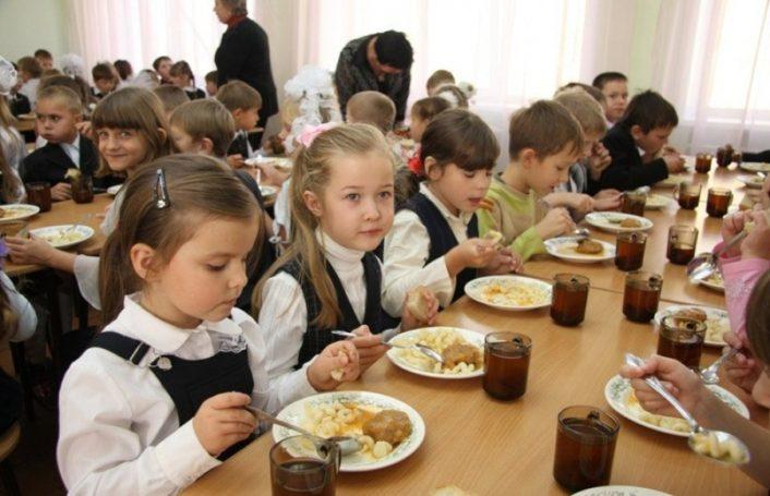 Детей столицы кормят лучше с каждым годом