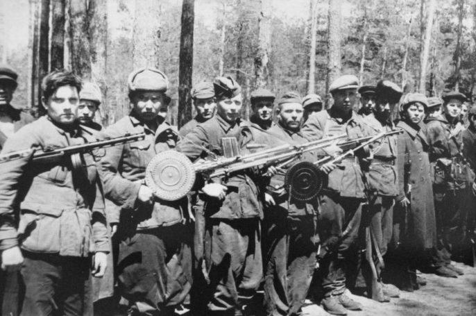 «Я готов!»: 400-летняя история добровольческого движения в России