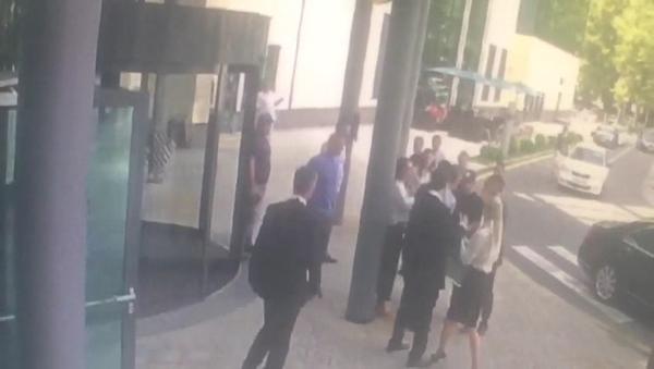 Нападение на Андрея Лобанова не помешало встрече представителей ЗАО «Универсал» с дольщиками
