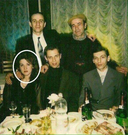 Фото якобы Хахалевой с криминальным авторитетом оказался информационным вбросом