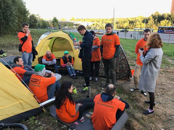 Обманутые дольщики ЖК «Царицыно» заселились в палатки, протестуя против бездействия властей