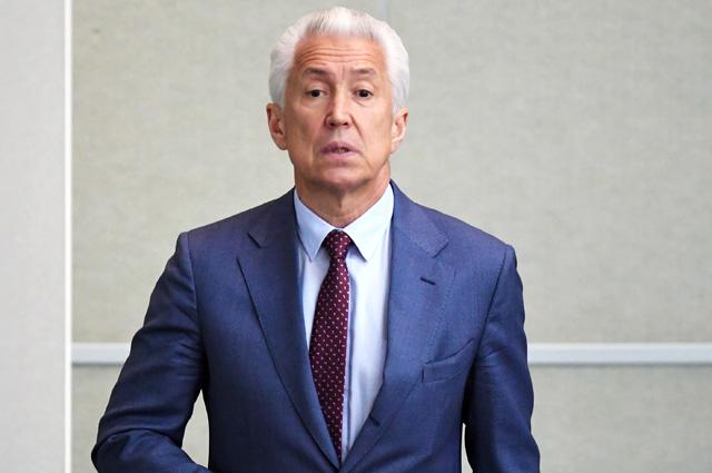 Президент РФ передал полномочия главы Дагестана Владимиру Васильеву