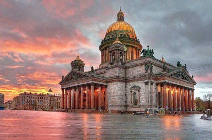 Православные активисты призвали Полтавченко к ответу по Исаакиевскому собору