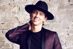 Фанк-певец ВладиМир исполнил Uptown Funk лучше Бруно Марса: мнение зрителей Top Disco Pop