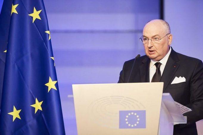Президент ЕЕК Вячеслав Моше Кантор прокомментировал новую правительственную коалицию Австрии