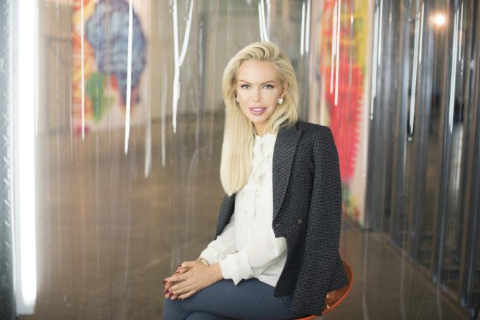 Алиса Лобанова в новогоднем номере журнала Marie Claire Russia