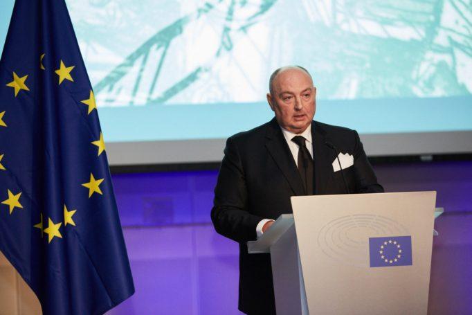 Глава ЕЕК Вячеслав Моше Кантор заявил о необходимости верховенства закона в вопросах дискриминации