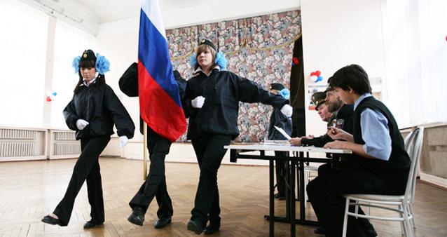 Обязательные уроки любви к Родине для ульяновских школьников прокомментировали в московском правительстве