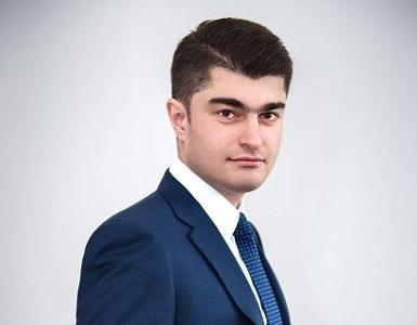 Новосибирский завод искусственного волокна возглавил Рустам Исмайлов