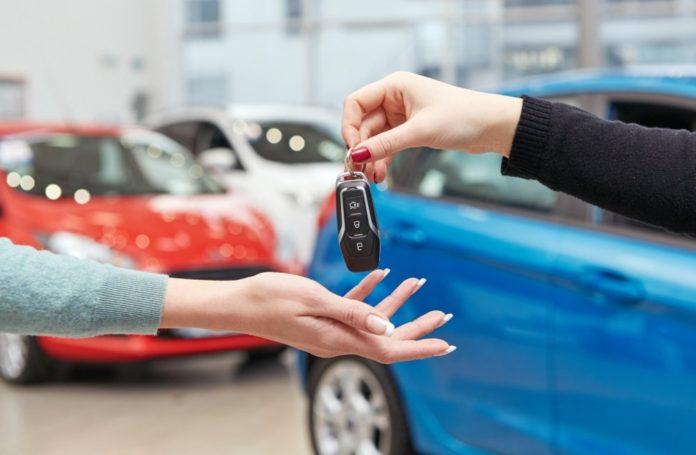 Владимир Ефимов рассказал, что в Москве растет объем продаж новых легковых авто