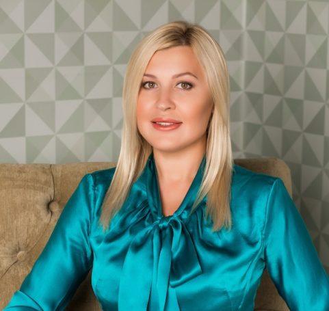 Известный психолог Анна Адамова презентовала новый федеральный проект, призванный помочь всем женщинам страны найти себя
