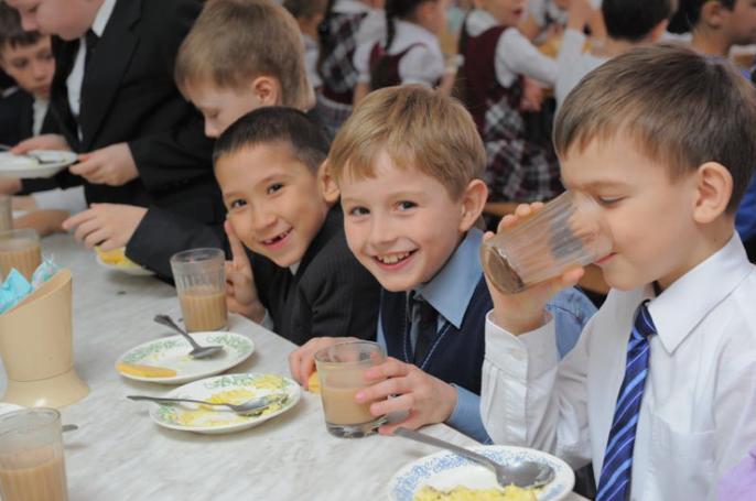 Питание школьников в российских регионах становится «столичным»
