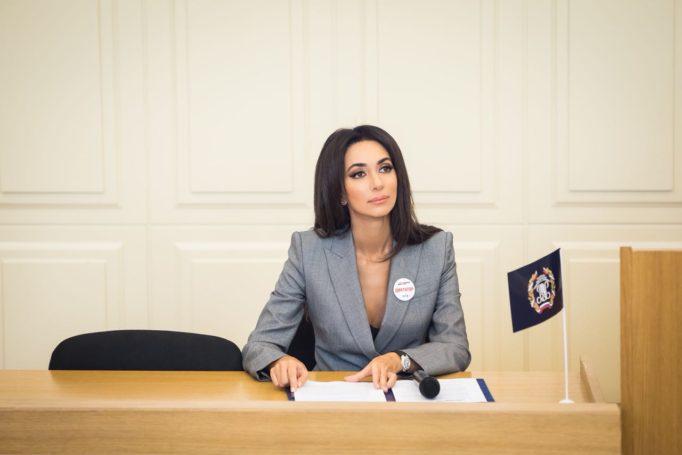 Певица Зара стала добрым «диктатором» международной акции