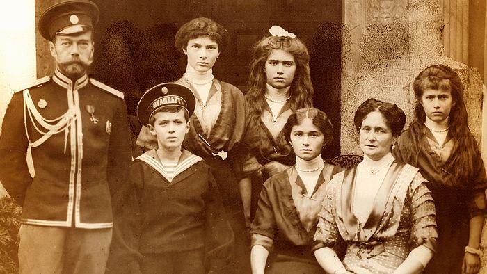 Экспертиза стоматологов однозначна: останки из Екатеринбурга не принадлежат семье Николая II