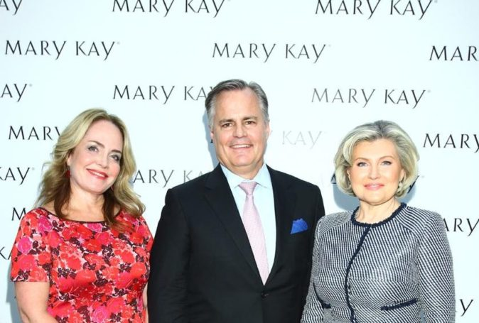 Компания Mary Kay® отмечает двойной юбилей: 55 лет в мире и 25 лет в России