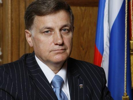 У Генпрокурора Юрия Чайки попросили защиты от произвола спикера ЗакСа Макарова