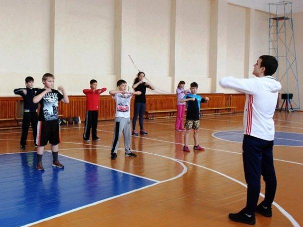 В Мосгордуме рассмотрят инициативу по исключению физкультуры из учебного плана