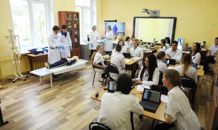 Механизм помощи школьникам в определении их будущей профессии эффективно функционирует в столице