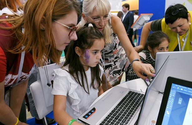 О важности математических дисциплин сказал Исаак Калина в связи с проведением онлайн-олимпиады для младших школьников Москвы