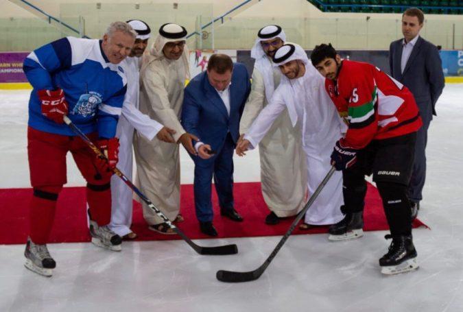 На Специальной Олимпиаде в Арабских Эмиратах состоялся хоккейные матч с участием Вячеслава Фетисова и Владимира Бурдуна