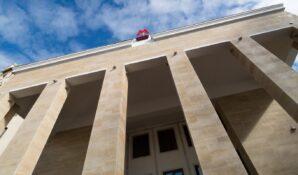 Новая экскурсия на портале «Узнай Москву» посвящена любимым местам режиссера Евгения Каменьковича
