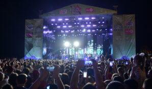 Большой летний фестиваль «Звёзды Русского Радио» в Сочи посетили 250 тысяч человек