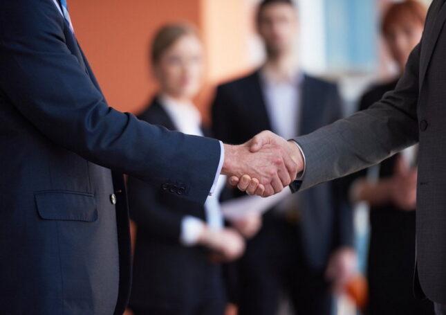 Компания «Юрдис» поможет начать и развить собственный бизнес