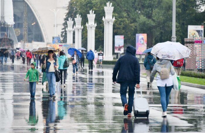 Парки столицы закрылись из-за непогоды – Департамент культуры Москвы