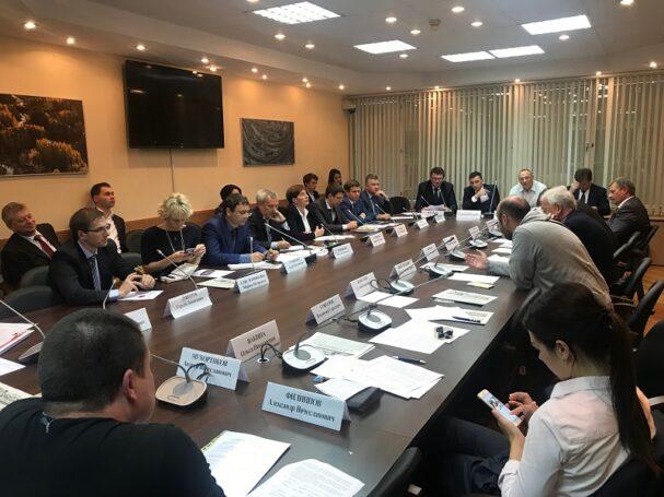 В Государственной Думе обсудили меры по повышению безопасности дорожного движения