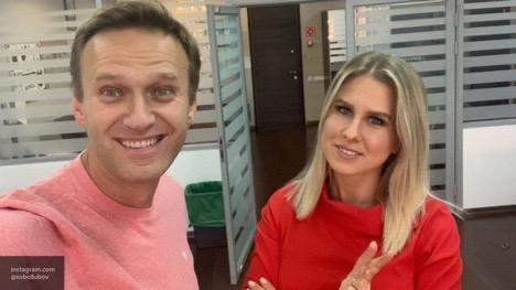 Актера Устинова поддержали все, кроме Навального и Соболь, – эксперт
